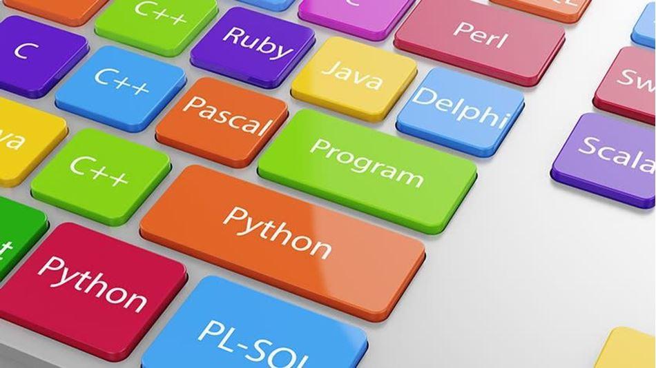 Програмирање за почетници: 3 програмски јазици со кои со сигурност ќе најдете работа!